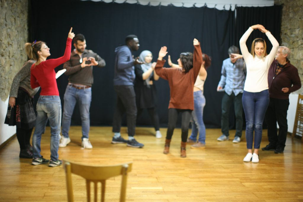Teatro del Oprimido contra la islamofobia - Forn de teatre Pa'tothom